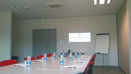 Salle de réunion Jean Sanchez du centre d'affaires Artipolis